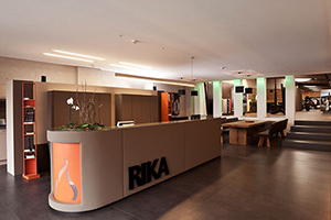 rikashowroom1